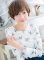 アシンメトリーな女っぷりショート(髪型ショートヘア)