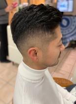 外交ビジネスマン向けスキンフェード(髪型メンズ)