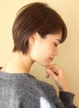 大人女子・コンパクトショート(髪型ショートヘア)