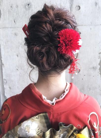 ゆる編み込みシニヨン(髪型セミロング)