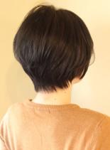 大人可愛いニュアンス耳かけボブ(髪型ショートヘア)