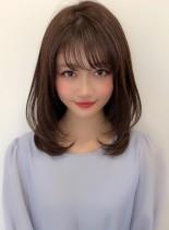 大人可愛い ひし形内巻きレイヤー(髪型ミディアム)