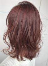 チェリーピンクカラー(髪型ミディアム)