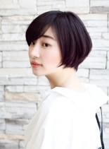 お手入れ簡単・小顔効果のショートボブ(髪型ショートヘア)