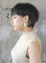 オシャレなフレンチショートカット(髪型ショートヘア)