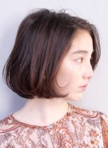 大人女子のリラックスシンプルボブ(髪型ボブ)