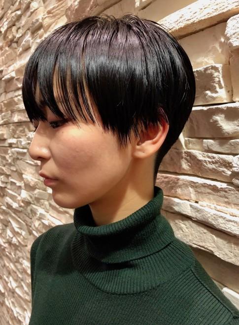 ショートヘア】上品で大人可愛い黒髪刈り上げショート/gokan