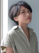 黒髪シンプル丸みショート(髪型ショートヘア)