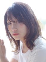 ナチュラルパーマスタイル(髪型ミディアム)