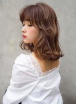 小顔レディミディ×やわらかラテベージュ(髪型ミディアム)