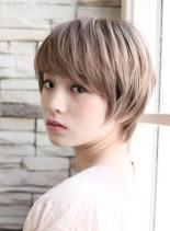 頭が小さく見えるコンパクトショート(髪型ショートヘア)