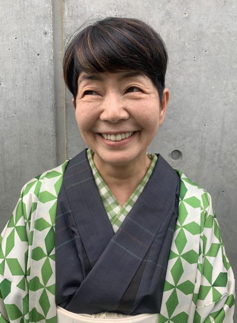 白髪ぼかしメッシュ(ビューティーナビ)