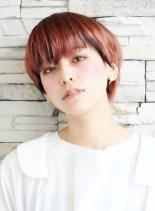 ハイトーンで遊ぶコンパクトショート(髪型ショートヘア)