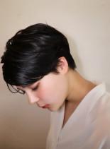 30代40代 黒髪ツヤハンサムショート(髪型ベリーショート)