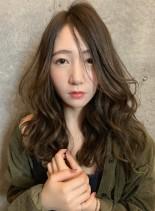 流し前髪とデジタルパーマ (髪型ロング)