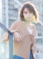 柔らかミディ × 小顔レイヤー