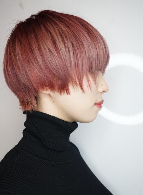 ショートヘア 少し個性的なショートボブ Gokan Omotesando の髪型