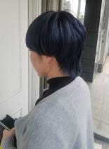 ブルー系ボーイッシュカット(髪型ショートヘア)