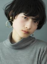 黒髪マッシュパーマショート(髪型ショートヘア)