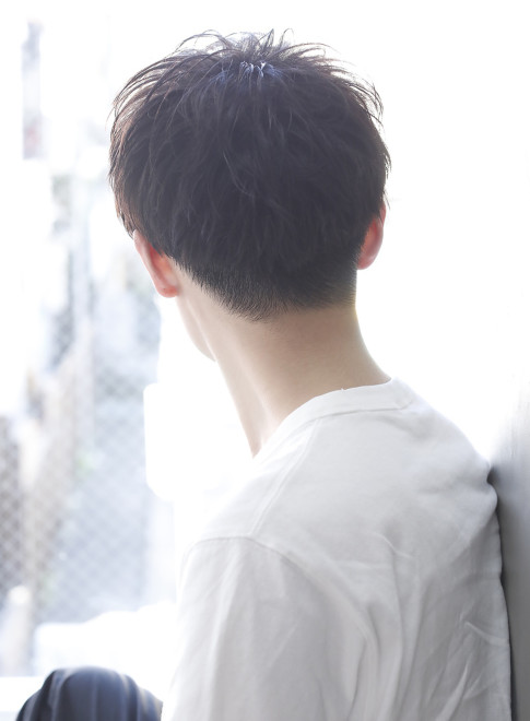 マッシュ フェザー 【メンズ】フェザーマッシュ×アッシュグレー/fifthの髪型・ヘアスタイル・ヘアカタログ|2021春夏
