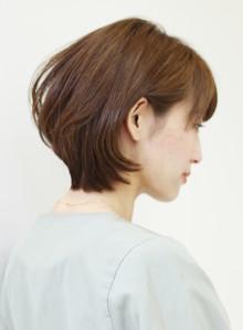 30代〜の大人女性のショートヘア(ビューティーナビ)