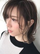 インナーホワイトベージュ×レイヤーボブ(髪型ボブ)