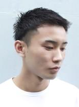 大人のツーブロック刈り上げベリーショート(髪型メンズ)