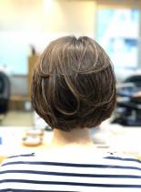 毛先ワンカールショートボブ30代40代(髪型ショートヘア)