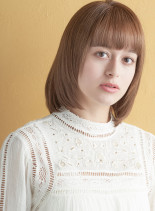 王道ストレートロブスタイル(髪型ボブ)
