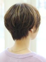 30代40代50代大人女性ショートカット(髪型ショートヘア)