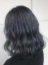 ネイビーグレージュ(髪型ミディアム)