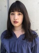 大人かわいいロングレイヤースタイル(髪型セミロング)