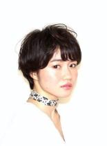 ナチュラルフェミニンショート(髪型ショートヘア)