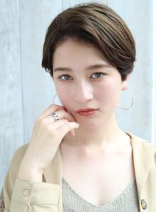 30代耳かけ大人ナチュラルショート☆(ビューティーナビ)