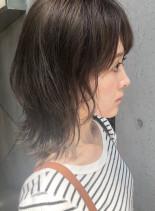 大人可愛い甘めウルフ(髪型ミディアム)