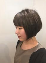 大人可愛いひし形ショートカット(髪型ショートヘア)