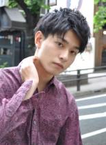 黒髪フェザーマッシュ大人ショート(髪型メンズ)