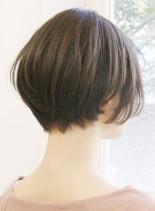 30代〜のお手入れ簡単ショートボブ(髪型ショートヘア)