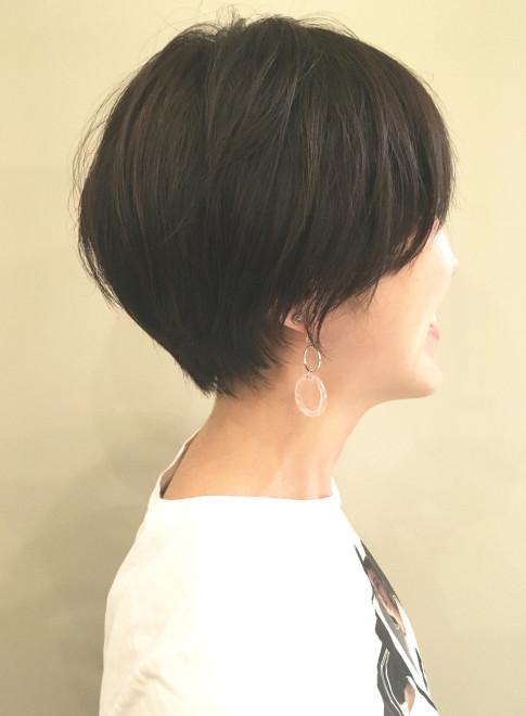 ショートヘア 辺見えみりさん風の暗髪ショートヘア Nous Hair Design
