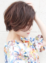 大人女子・丸みが可愛いコンパクトショート(髪型ショートヘア)
