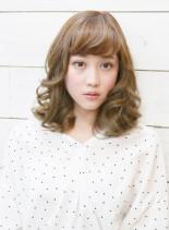 無造作カールのフェミニンボブディ♪(髪型ミディアム)