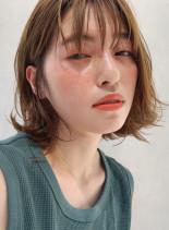 柔らか赤みなしベージュボブ(髪型ボブ)