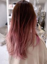 ピンクバレイヤージュグラデーション(髪型ロング)
