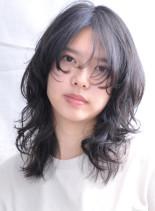 大人可愛いウルフレイヤー 香椎かてぃ風(髪型セミロング)