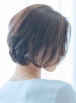 30代40代50代上品な大人ショートボブ(髪型ショートヘア)