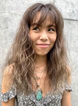外国人風ボヘミアンカラー(髪型ロング)