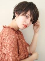 女性らしいハンサムショート(髪型ショートヘア)