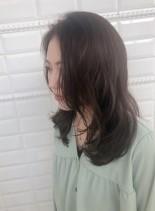 前髪なしニュアンス感たっぷりセミディ(髪型セミロング)