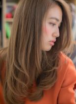 インナーカラーの大人ワンカールストレート(髪型ロング)