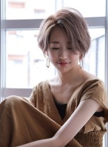 フレンチショートボブ(髪型ショートヘア)